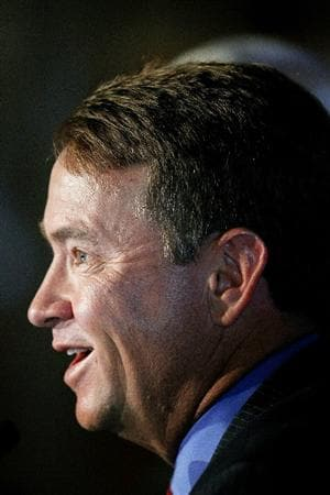 MEDINAH, IL - JANUARY 20: Davis Love III speaks during a press conference for the 2012 U.S. Ryder Cup Captain's Announcement at Medinah Country Club on January 20, 2011 in Medinah, Illinois. (Photo by Jonathan Daniel/Getty Images)