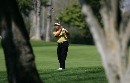 NEWPORT BEACH, CA - MARCH 8:  Vicente Fernandez of Argentina makes an approach shot on the fifth hole during the second round of the PGA Champions Tour Toshiba Classic at the Newport Beach Country Club March 8, 2008 in Newport Beach, California.  (Photo by Robert Laberge/Getty Images)