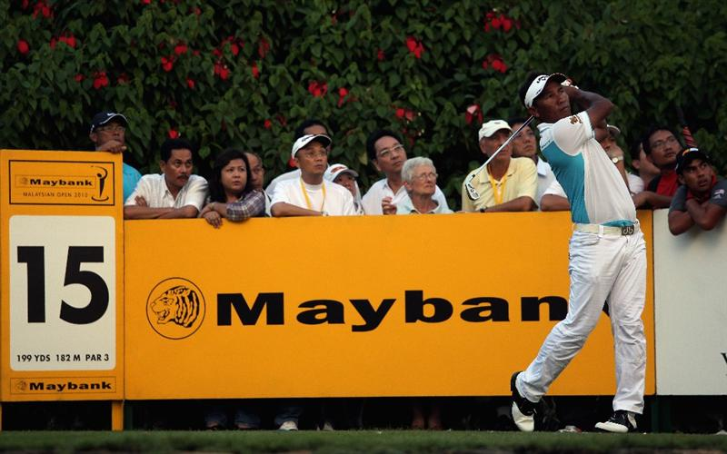 KUALA LUMPUR, MALAYSIA - MARCH 05:  Thongchai Jaidee of Thailand hits his tee-shot on the 15th hole during the the second round of the Maybank Malaysian Open at the Kuala Lumpur Golf and Country Club on March 5, 2010 in Kuala Lumpur, Malaysia.  (Photo by Andrew Redington/Getty Images)