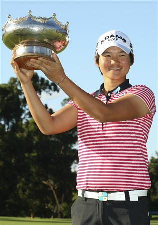 MELBOURNE, AUSTRALIA - FEBRUARY 06:  Yani Tseng of Taiwan holds the trophy after winning the Women's Australian Open at The Commonwealth Golf Club on February 6, 2011 in Melbourne, Australia.  (Photo by Lucas Dawson/Getty Images)