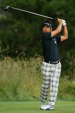 PEBBLE BEACH, CA - JUNE 17:  Hiroyuki Fujita of Japan watches his tee shot on the second hole during the first round of the 110th U.S. Open at Pebble Beach Golf Links on June 17, 2010 in Pebble Beach, California.  (Photo by Jeff Gross/Getty Images)