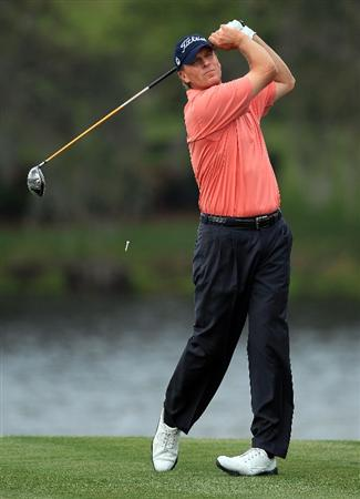 ORLANDO, FL - MARCH 25:  Steve Stricker of the USA plays his tee shot at the 16th hole during the first round of the Arnold Palmer Invitational presented by Mastercard at the Bayhill Club and Lodge, on March 25, 2010 in Orlando, Florida.  (Photo by David Cannon/Getty Images)