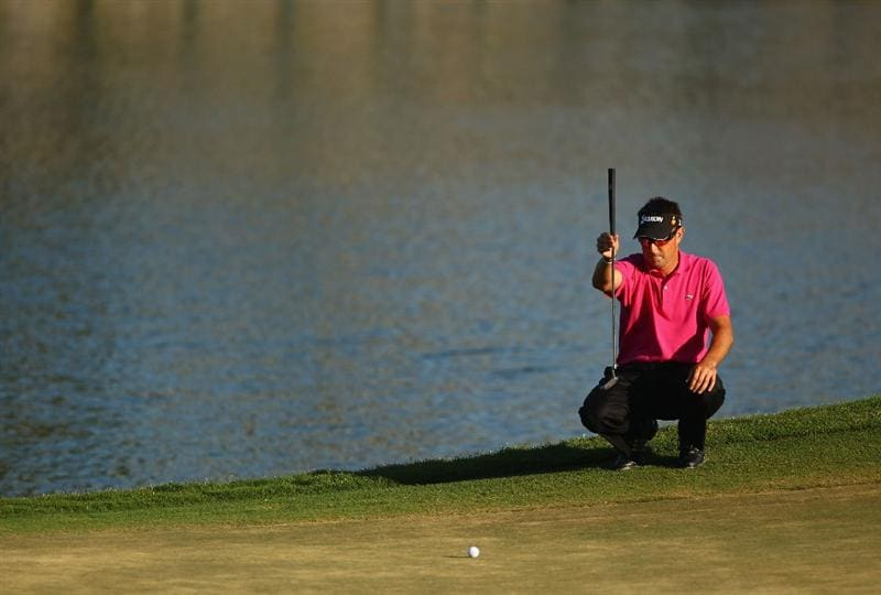 PONTE VEDRA BEACH, FL - MAY 09:  Robert Allenby of Australia lines up his putt on the 17th green during the final round of THE PLAYERS Championship held at THE PLAYERS Stadium course at TPC Sawgrass on May 9, 2010 in Ponte Vedra Beach, Florida.  (Photo by Richard Heathcote/Getty Images)