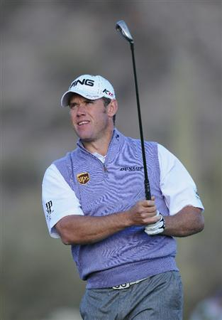 MARANA, AZ - FEBRUARY 23:  Lee Westwood of England plays his tee shot on the 16th hole during the first round of the World Golf Championships-Accenture Match Play Championship held at The Ritz-Carlton Golf Club, Dove Mountain on February 23, 2011 in Marana, Arizona.  (Photo by Stuart Franklin/Getty Images)