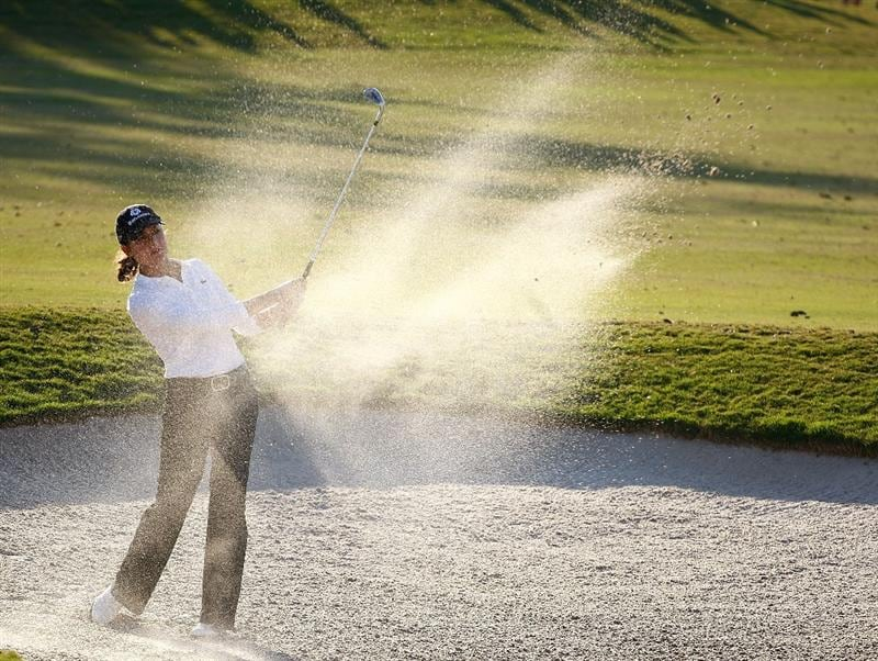 RICHMOND, TX - NOVEMBER 23:  Lorena Ochoa of Mexico hits a bunker shot on the 16th hole during the final round of the LPGA Tour Championship presented by Rolex at the Houstonian Golf and Country Club on November 23, 2009 in Richmond, Texas.  (Photo by Scott Halleran/Getty Images)