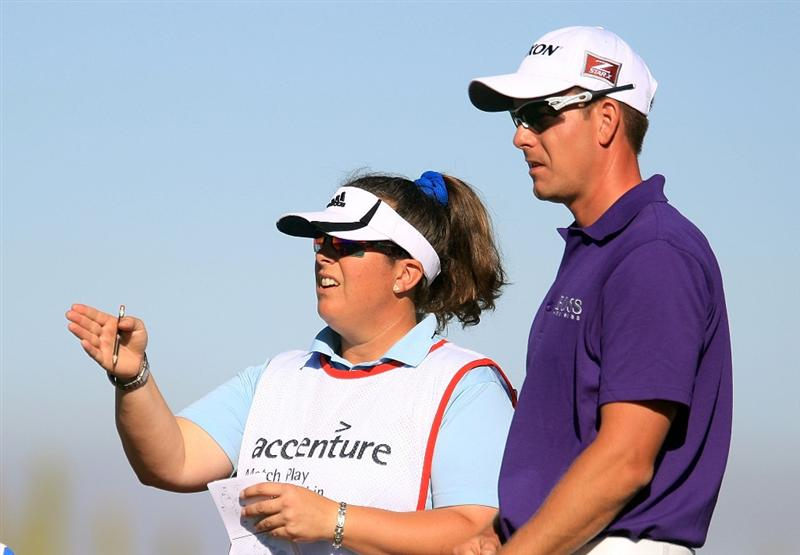 MARANA, AZ - FEBRUARY 25:  Henrik Stenson of Sweden chats with his caddie Fanny Sunesson on the third hole during the first round of the Accenture Match Play Championship at the Ritz-Carlton Golf Club at Dove Mountain on February 25, 2009 in Marana, Arizona.  (Photo by Scott Halleran/Getty Images)