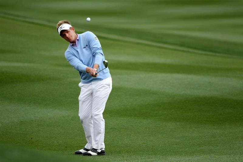 MARANA, AZ - FEBRUARY 26:  Luke Donald of England hits an approach shot on the 11th hole during the semifinal round of the Accenture Match Play Championship at the Ritz-Carlton Golf Club on February 26, 2011 in Marana, Arizona.  (Photo by Andy Lyons/Getty Images)