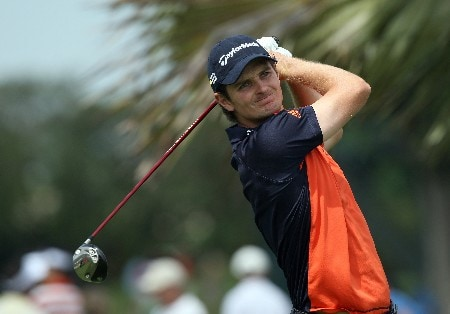 MIAMI - MARCH 21: Justin Rose of England tees off at the 17th hole during the second round of the 2008 World Golf Championships CA Championship at the Doral Golf Resort & Spa, on March 21, 2008 in Miami, Florida.  (Photo by David Cannon/Getty Images)