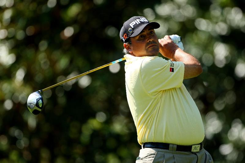 AUGUSTA, GA - APRIL 12:  Angel Cabrera of Argentina hits his tee shot on the seventh hole during the final round of the 2009 Masters Tournament at Augusta National Golf Club on April 12, 2009 in Augusta, Georgia.  (Photo by Andrew Redington/Getty Images)