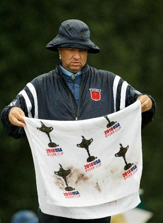 NEWPORT, WALES - SEPTEMBER 29:   Vice Captain Davis Love III holds a towel during a practice round prior to the 2010 Ryder Cup at the Celtic Manor Resort on September 29, 2010 in Newport, Wales. (Photo by Sam Greenwood/Getty Images)