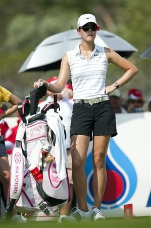CHON BURI, THAILAND - FEBRUARY 19:  Michelle Wie of USA looks on at the 16th tee during day three of the LPGA Thailand at Siam Country Club on February 19, 2011 in Chon Buri, Thailand.  (Photo by Victor Fraile/Getty Images)