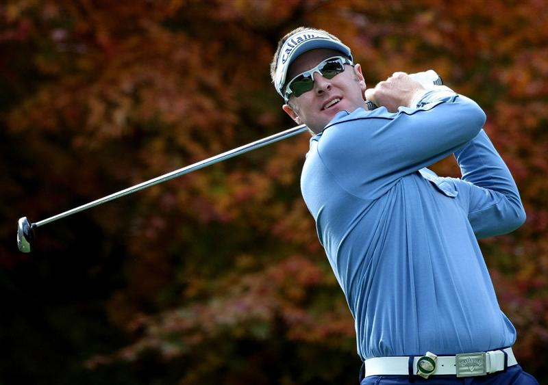 GOTENBA, JAPAN - NOVEMBER 15:  Brendan Jones of Australia tees off on the 2nd hole during the third round of Mitsui Sumitomo Visa Taiheiyo Masters at Taiheiyo Club on November 15, 2008 in Gotenba, Shizuoka, Japan.  (Photo by Koichi Kamoshida/Getty Images)