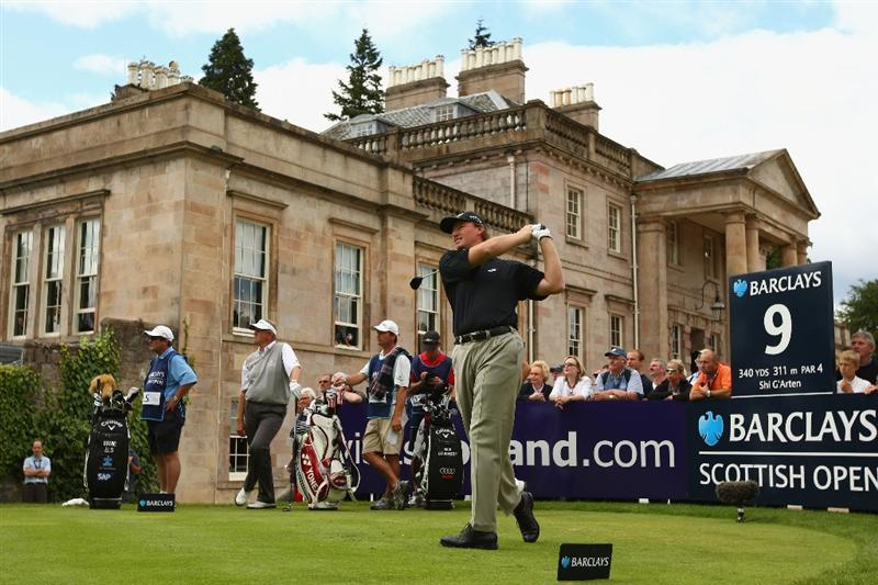 LUSS, SCOTLAND - JULY 09:  Ernie Els of South Africa tees off on the 9th hole during the First Round of The Barclays Scottish Open at Loch Lomond Golf Club on July 09, 2009 in Luss, Scotland.  (Photo by Richard Heathcote/Getty Images)