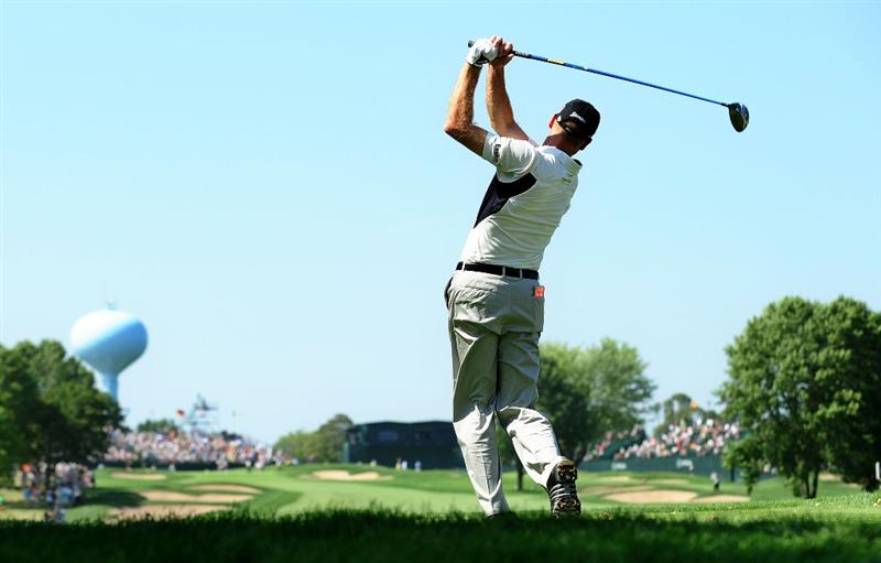CHASKA, MN - AUGUST 14:  Jim Furyk hits his tee shot on the ninth hole during the second round of the 91st PGA Championship at Hazeltine National Golf Club on August 14, 2009 in Chaska, Minnesota.  (Photo by Stuart Franklin/Getty Images)