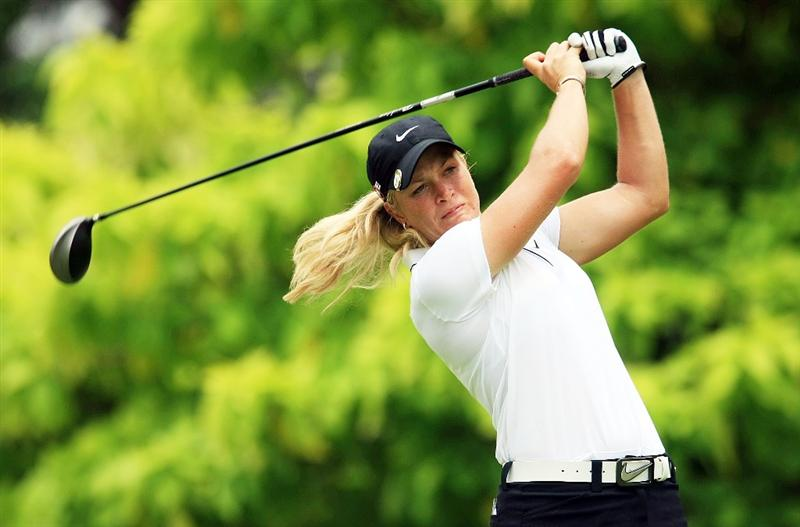 SINGAPORE - MARCH 05:  Suzann Pettersen of Norway hits her tee shot on the sixth hole during the first round of the HSBC Women's Champions at the Tanah Merah Country Club on March 5, 2009 in Singapore.  (Photo by Scott Halleran/Getty Images)