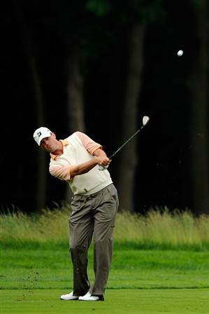 FARMINGDALE, NY - JUNE 16:  Matt Kuchar hits a shot during the second day of previews to the 109th U.S. Open on the Black Course at Bethpage State Park on June 16, 2009 in Farmingdale, New York.  (Photo by Sam Greenwood/Getty Images)