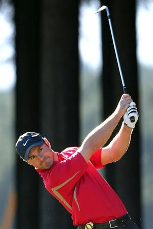 GOTENBA, JAPAN - NOVEMBER 14:  Trevor Immelman of South Africa hits a shot on the 15th green during the second round of Mitsui Sumitomo Visa Taiheiyo Masters at Taiheiyo Club on November 14, 2008 in Gotenba, Shizuoka, Japan.  (Photo by Koichi Kamoshida/Getty Images)