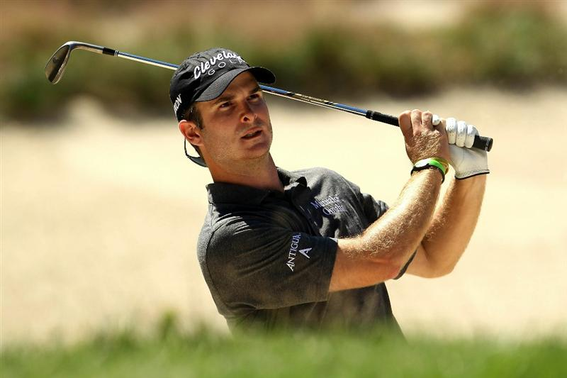 NORTON, MA - SEPTEMBER 04:  Kevin Streelman hits a shot out of the bunker on the seventh hole during the second round of the Deutsche Bank Championship at TPC Boston on September 4, 2010 in Norton, Massachusetts.  (Photo by Mike Ehrmann/Getty Images)