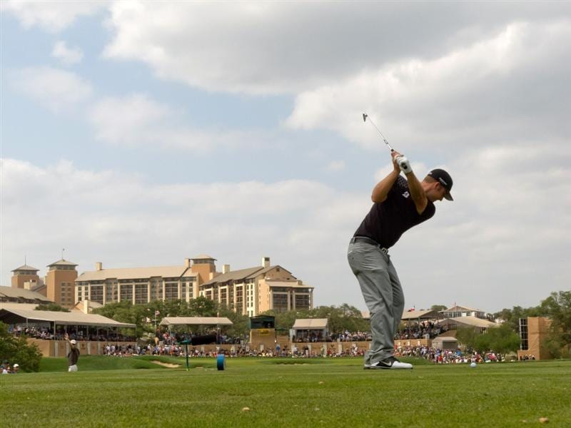 SAN ANTONIO, TX - APRIL 17: Kevin Chappell plays a tee shot on the 16th hole during the final round of the Valero Texas Open at the AT&T Oaks Course at TPC San Antonio on April 17, 2011 in San Antonio, Texas. (Photo by Darren Carroll/Getty Images)
