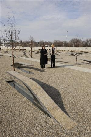 WASHINGTON - JANUARY 13:  (L-R) Meg Mallon and Beth Daniel visit the 9/11 Memorial at the Pentagon on January 13, 2009 in Washington DC during a visit to celebrate their victory in Solheim Cup.  (Photo by Mitchell Layton/Getty Images)