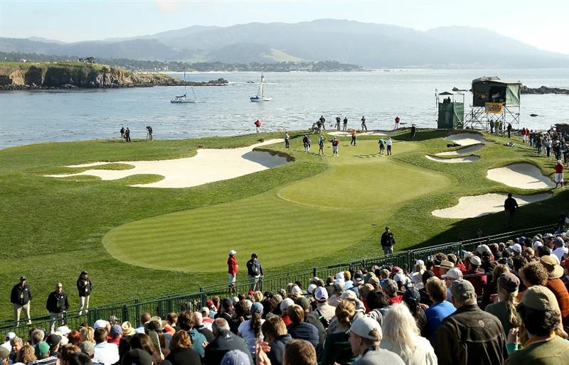 PEBBLE BEACH, CA - FEBRUARY 13:  D.A. Points putts on the 17th hole during the final round of the AT&T Pebble Beach National Pro-Am at the Pebble Beach Golf Links on February 13, 2011 in Pebble Beach, California.  (Photo by Ezra Shaw/Getty Images)