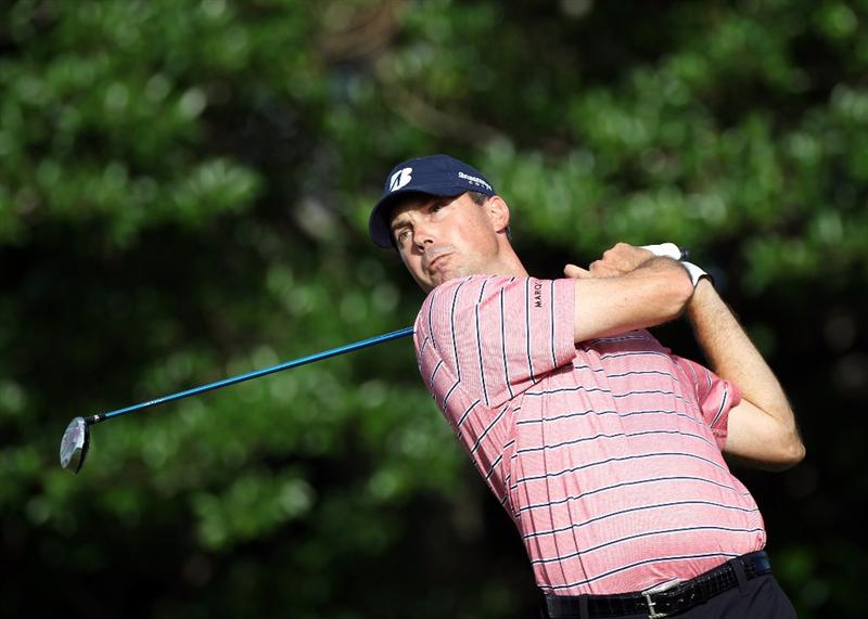 PALM BEACH GARDENS, FL - MARCH 03:  Matt Kuchar plays a shot on the 14th hole during the first round of The Honda Classic at PGA National Resort and Spa on March 3, 2011 in Palm Beach Gardens, Florida.  (Photo by Sam Greenwood/Getty Images)