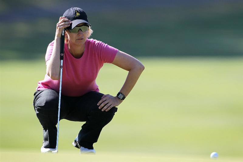 SHIMA, JAPAN - NOVEMBER 05:  Karrie Webb of Australia lines up a putt on the green of the 12th hole during the round one of the Mizuno Classic at Kintetsu Kashikojima Country Club on November 5, 2010 in Shima, Mie, Japan.  (Photo by Kiyoshi Ota/Getty Images)