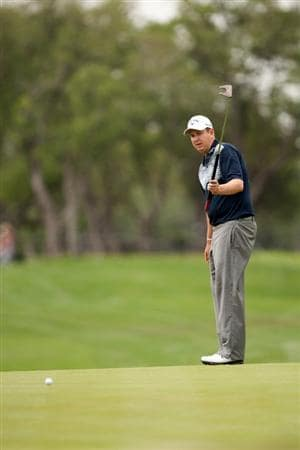 SAN ANTONIO, TX - APRIL 14: J.J. Henry putts during the first round of the Valero Texas Open at the AT&T Oaks Course at TPC San Antonio on April 14, 2011 in San Antonio, Texas. (Photo by Darren Carroll/Getty Images)