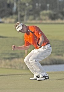 Luke Donald on the 16th green during the final round of The Honda Classic held on the Sunshine Course at Country Club at Mirasol in Palm Beach Gardens, Florida, on March 12, 2006.Photo by Al Messerschmidt/WireImage.com