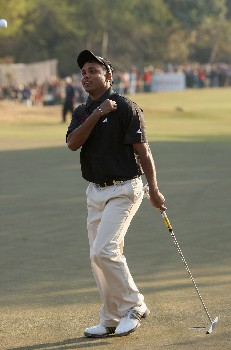 DELHI, INDIA - FEBRUARY 10:  S.S.P. Chowrasia of India celebrates his winning putt during the final round of the Emaar-MGF Indian Masters at the Delhi Golf Club, on February 10, 2008 in Delhi, India.  (Photo by David Cannon/Getty Images)
