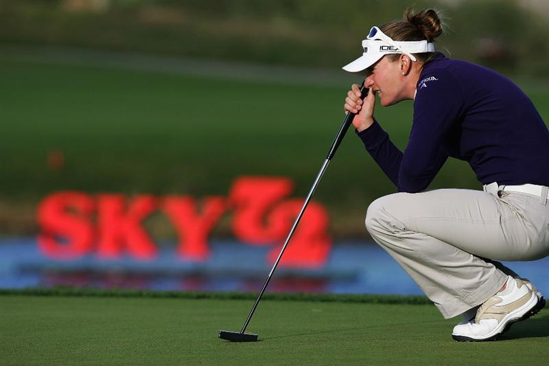INCHEON, SOUTH KOREA - NOVEMBER 02:  Brittany Lang of the United States looks over a putt on the 18th hole during round two of the Hana Bank KOLON Championship at Sky72 Golf Club on November 2, 2008 in Incheon, South Korea.  (Photo by Chung Sung-Jun/Getty Images)