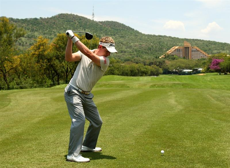 SUN CITY, SOUTH AFRICA - DECEMBER 03:  Luke Donald of England tee's off at the 9th during the pro-am for the Nedbank Golf Challenge at the Gary Player Country Club on December 3, 2008 in Sun City, South Africa. This is Luke's first event back after surgery on his left wrist he injured at the US Open in June. (Photo by Richard Heathcote/Getty Images)