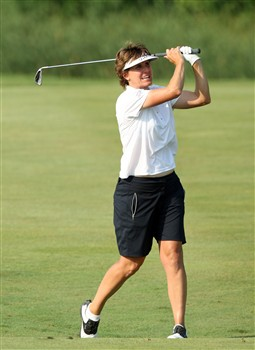 HAVRE DE GRACE, MD - JUNE 07: Michele Redman of the USA hits her second shot at the 18th hole during the third round of the 2008 McDonald's LPGA Championship held at Bulle Rock Golf Course, on June 7, 2008 in Havre de Grace, Maryland.  (Photo by David Cannon/Getty Images)