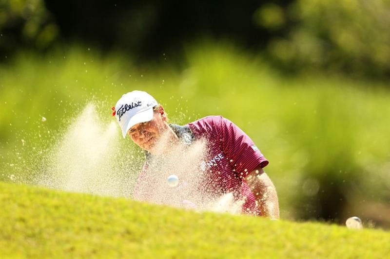 PONTE VEDRA BEACH, FL - MAY 15:  Steve Stricker hits from a bunker on the eighth hole during the final round of THE PLAYERS Championship held at THE PLAYERS Stadium course at TPC Sawgrass on May 15, 2011 in Ponte Vedra Beach, Florida.  (Photo by Mike Ehrmann/Getty Images)