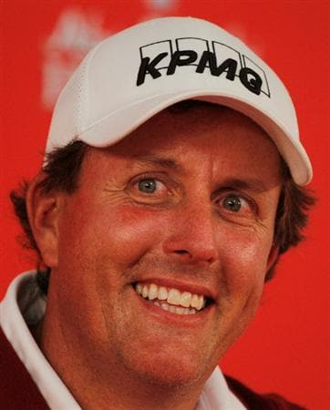 ABU DHABI, UNITED ARAB EMIRATES - JANUARY 19:  Phil Mickelson of the USA speaks with the media after the pro-am prior to the start of the 2011 Abu Dhabi HSBC Golf Championship at the Abu Dhabi Golf Club on January 19, 2011 in Abu Dhabi, United Arab Emirates.  (Photo by Scott Halleran/Getty Images)