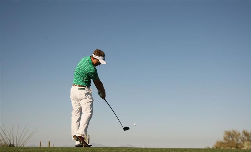 MARANA, AZ - FEBRUARY 18:  Luke Donald of England tees off on the second hole during round two of the Accenture Match Play Championship at the Ritz-Carlton Golf Club on February 18, 2010 in Marana, Arizona.  (Photo by Darren Carroll/Getty Images)