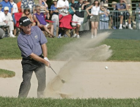 Bob Gilder on the 18th hole during the final round of the Constellation Energy Classic being held at Hayfields Country Club in Hunt Valley, Maryland on September 18, 2005. Gilder won the event finishing at -18 under par and takes home $255,000.Photo by Mike Ehrmann/WireImage.com