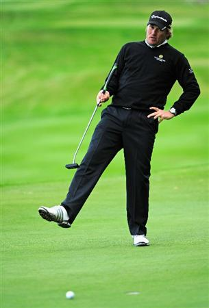 PARIS - SEPTEMBER 25:  Jarmo Sandelin of Sweden reacts to his putt on the 17th hole during the third round of the Vivendi cup at Golf de Joyenval on September 25, 2010 in Chambourcy, near Paris, France.  (Photo by Stuart Franklin/Getty Images)