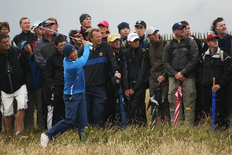 TURNBERRY, SCOTLAND - JULY 17:  Anthony Kim of USA hits out of the rough during round two of the 138th Open Championship on the Ailsa Course, Turnberry Golf Club on July 17, 2009 in Turnberry, Scotland.  (Photo by Warren Little/Getty Images)