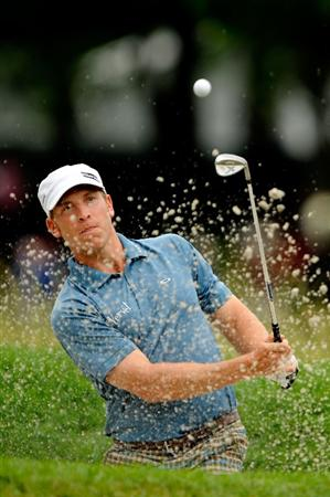 FARMINGDALE, NY - JUNE 21:  Ricky Barnes plays a bunker shot on the third hole during the continuation of the third round of the 109th U.S. Open on the Black Course at Bethpage State Park on June 21, 2009 in Farmingdale, New York.  (Photo by Sam Greenwood/Getty Images)