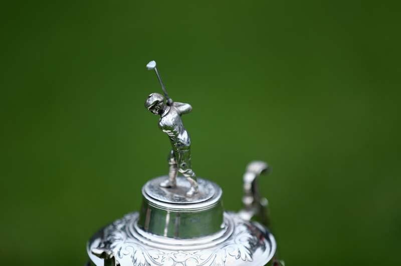 Mini golf (trophy)