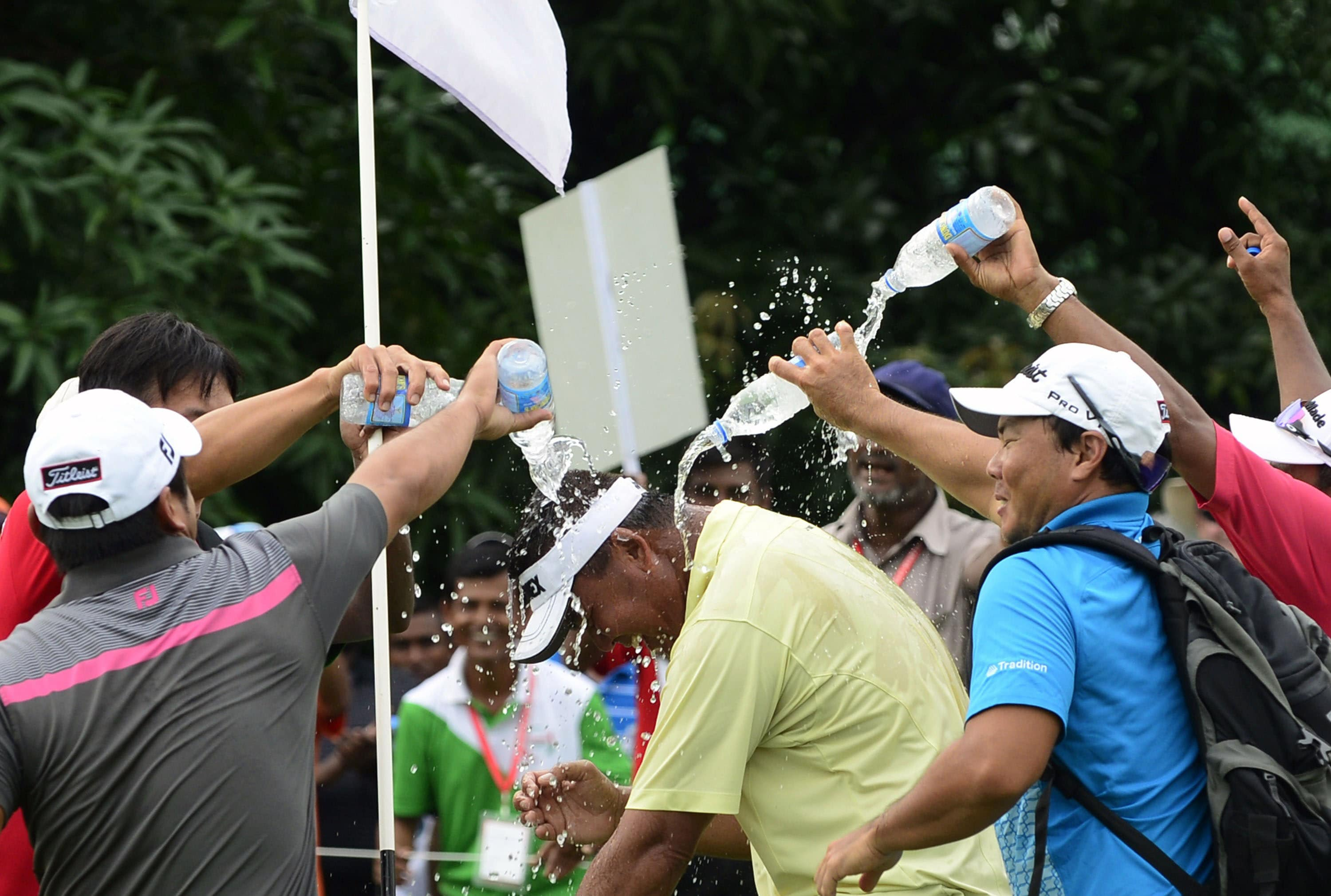 How come PGA Tour players don't celebrate this way?