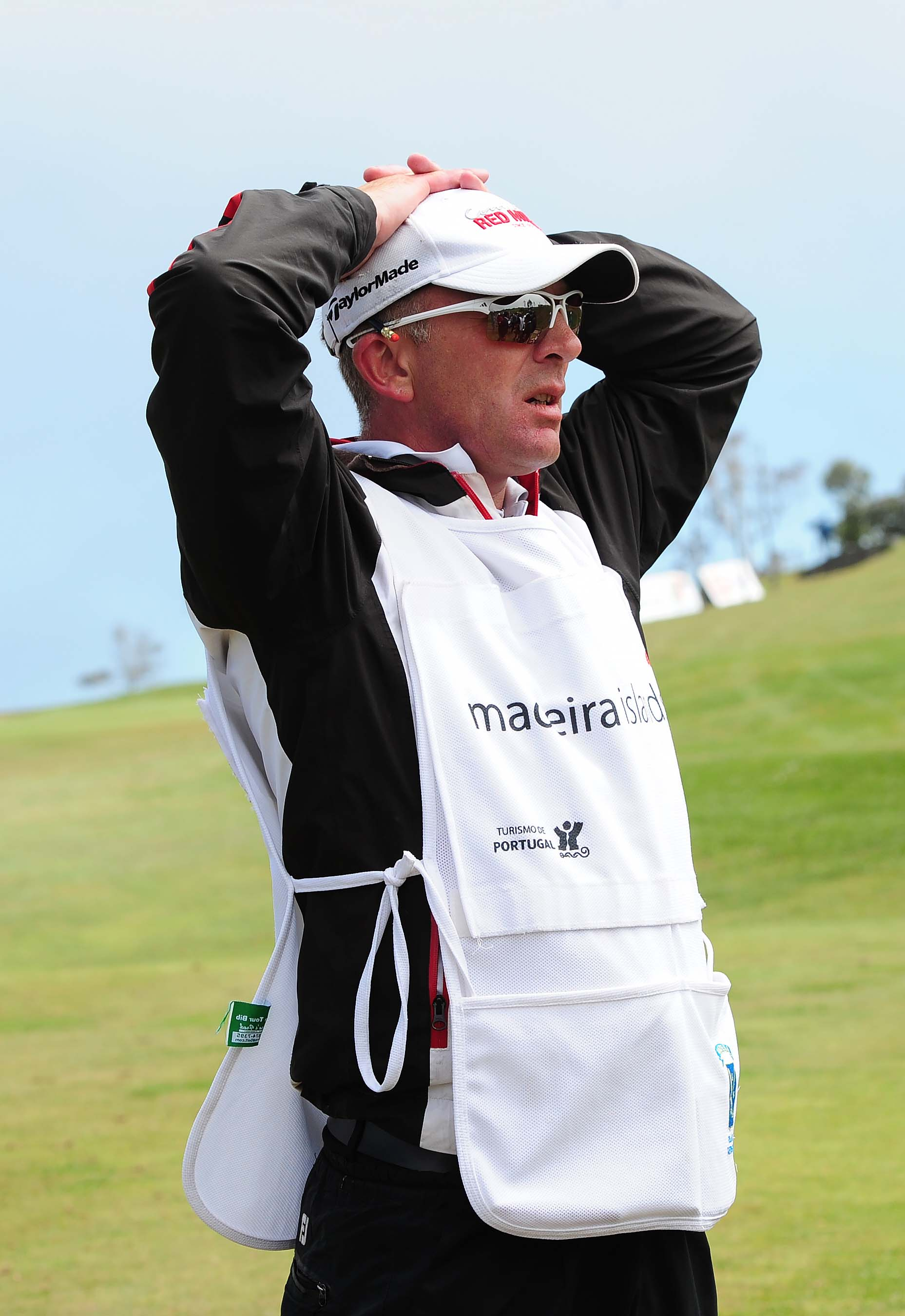 Caddie Ian McGregor dies during tournament