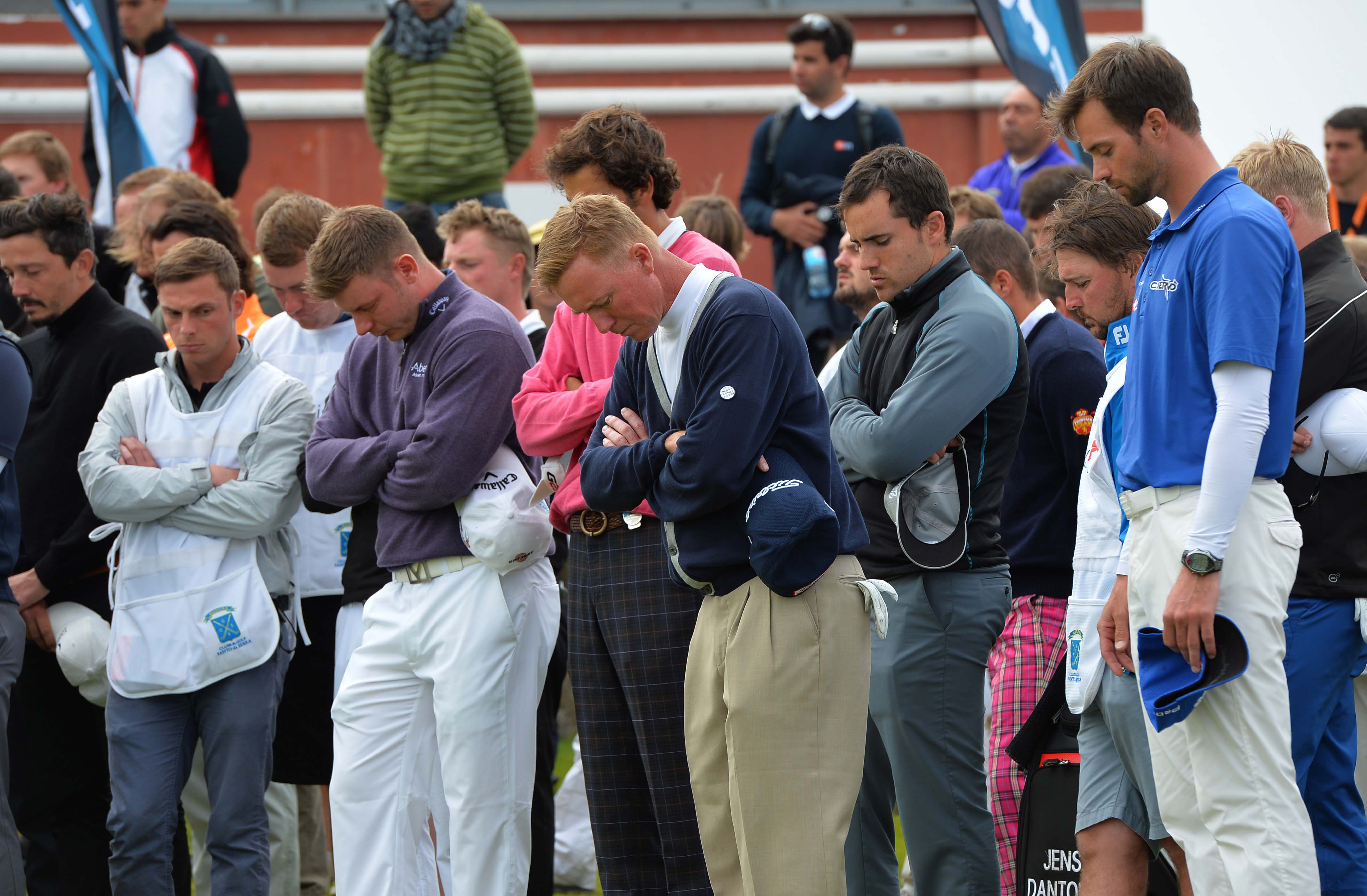 10. Euro Tour continues play after caddie dies