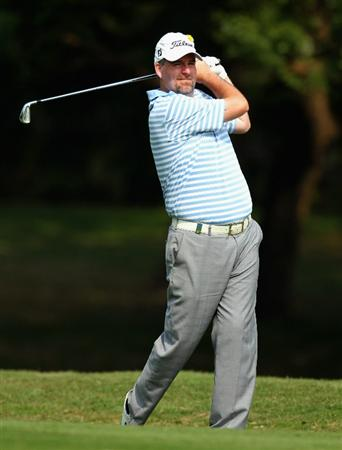 HONG KONG - NOVEMBER 19:  Kenneth Ferrie of England in action during day two of the UBS Hong Kong Open at The Hong Kong Golf Club on November 19, 2010 in Hong Kong, Hong Kong.  (Photo by Stanley Chou/Getty Images)