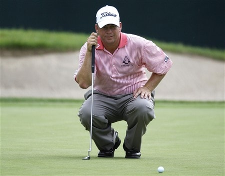 GRAND BLANC, MI - JUNE 26:  Dudley Hart looks at a put for birdie on the 18th green during the first round of the Buick Open at Warwick Hills Golf and Country Club on June 26, 2008 in Grand Blanc, Michigan.  (Photo by Gregory Shamus/Getty Images)