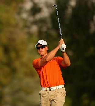 DUBAI, UNITED ARAB EMIRATES - JANUARY 31: Henrik Stenson of Sweden watches his second shot on the 18th hole during the first round of the Dubai Desert Classic on the Majilis course at Emirates Golf Club on January 31, 2008 in Dubai, United Arab Emirates. (Photo by Andrew Redington/Getty Images)