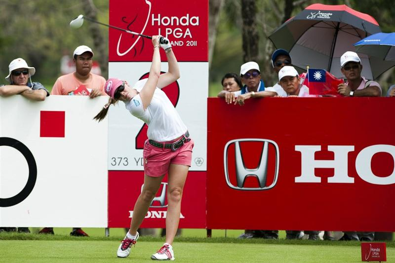 CHON BURI, THAILAND - FEBRUARY 17:  Paula Creamer of USA tees off on the 2nd hole during day one of the LPGA Thailand at Siam Country Club on February 17, 2011 in Chon Buri, Thailand.  (Photo by Victor Fraile/Getty Images)