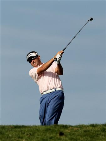 LA JOLLA, CA - JANUARY 29:  Robert Allenby of Australia hits his tee shot on the sixth hole at the North Course at Torrey Pines Golf Course during the second round of the Farmers Insurance Open on January 29, 2010 in La Jolla, California.  (Photo by Stephen Dunn/Getty Images)
