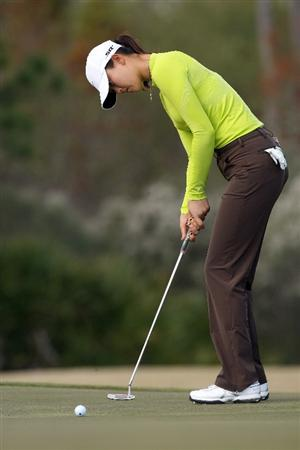 DAYTONA BEACH, FL - DECEMBER 04:  Michelle Wie hits a birdie putt at the 7th hole during the second round of the LPGA Qualifying School held at the LPGA International  on the Champions Course on December 4, 2008 in Daytona Beach, Florida. (Photo by David Cannon/Getty Images)